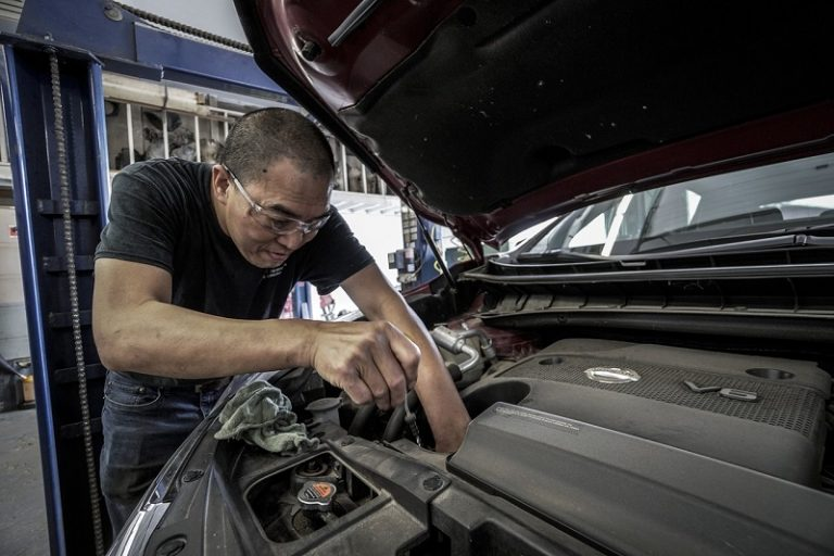 Automobilių variklių alyvos